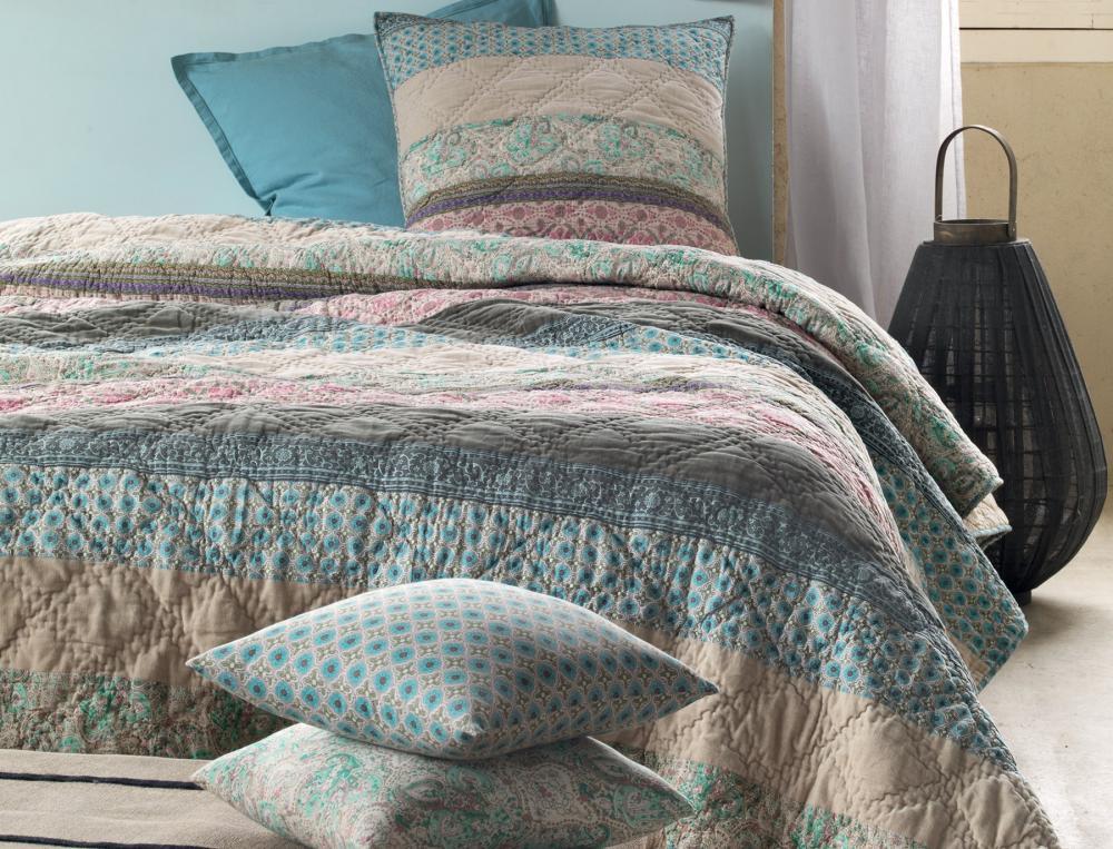 kimonos. Black Bedroom Furniture Sets. Home Design Ideas