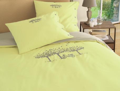 Linge de lit brodé Dimanche à la campagne