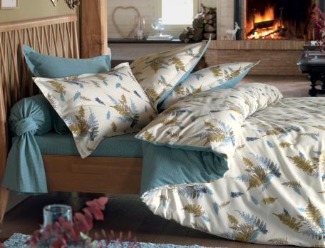 linge de lit sous bois. Black Bedroom Furniture Sets. Home Design Ideas