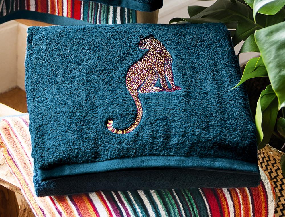 Badtextilien petrolblau Leoparden-Stickerei Roter Leopard