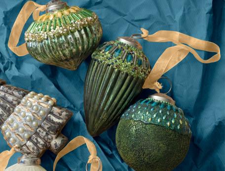 3 boules de Noël vertes ou argentées Esprit de Noël