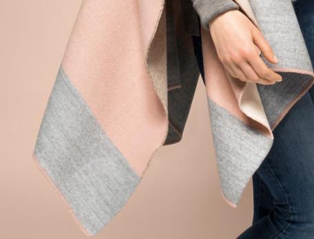 Cape laine et acrylique Douce envie