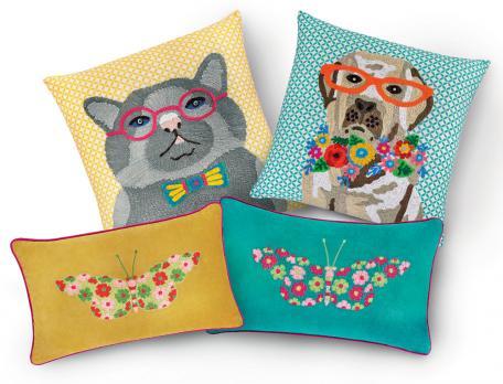 4 coussins brodés chat, chien et papillons Un brin de folie