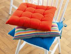 Coussin de chaise unies ou rayées Tout en couleurs