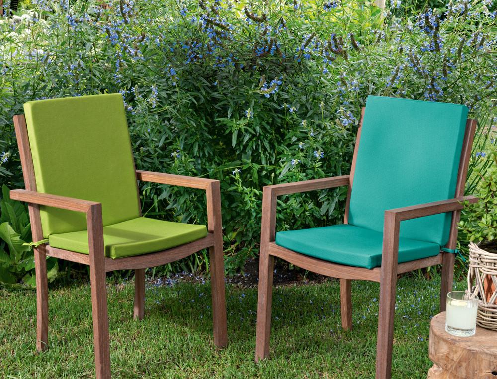 Coussin déhoussable pour fauteuil ou chaise Jardin des papillons