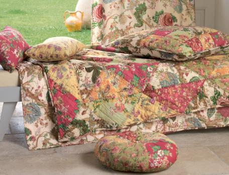 boutis en avignon linvosges. Black Bedroom Furniture Sets. Home Design Ideas