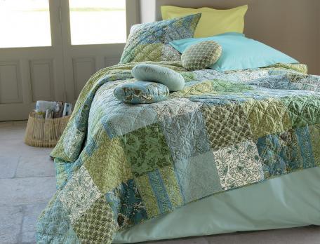Boutis patchwork 100% coton Fleurs d'eau