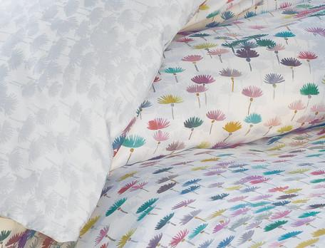 Housse de couette satin réversible imprimé fleuri multicolore et imprimé fleuri gris Effet de surprise