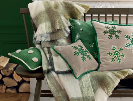 Kissen bestickt Schneeflocken Frohes Fest Linvosges