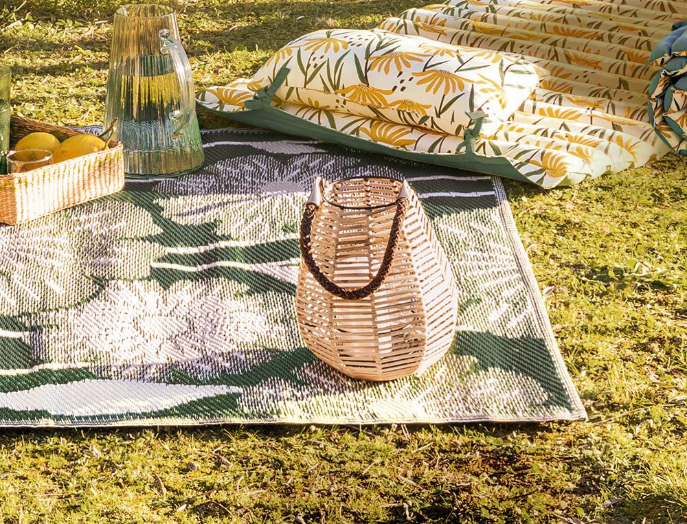 Laterne zum Hinstellen aus Stroh handgewebt Sonnenanbeter