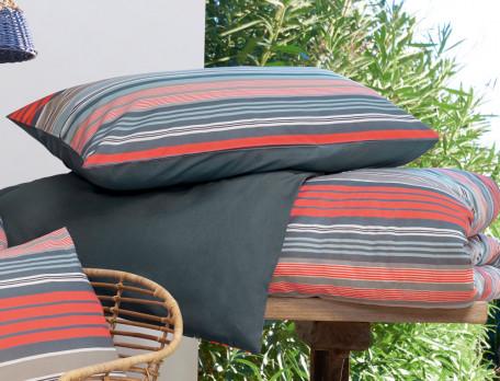 Linge de lit imprimé rayé et uni En Camargue