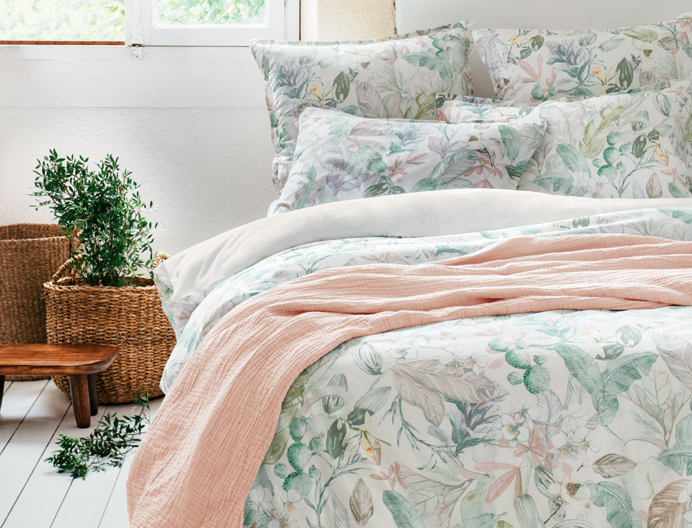 Linge de lit 100% coton lavé imprimé fleuri Jardin de bagatelle