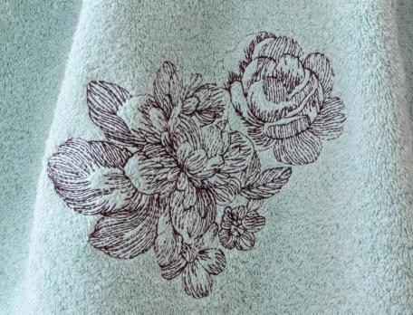 Linge de toilette brodé Fleur d'Amélia