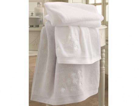 Linge de bain brodé Haute couture