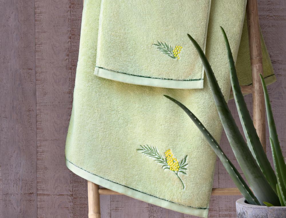 Linge de toilette brodé Villa mimosa