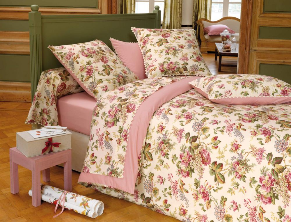 linge de lit mise en fleurs linvosges. Black Bedroom Furniture Sets. Home Design Ideas