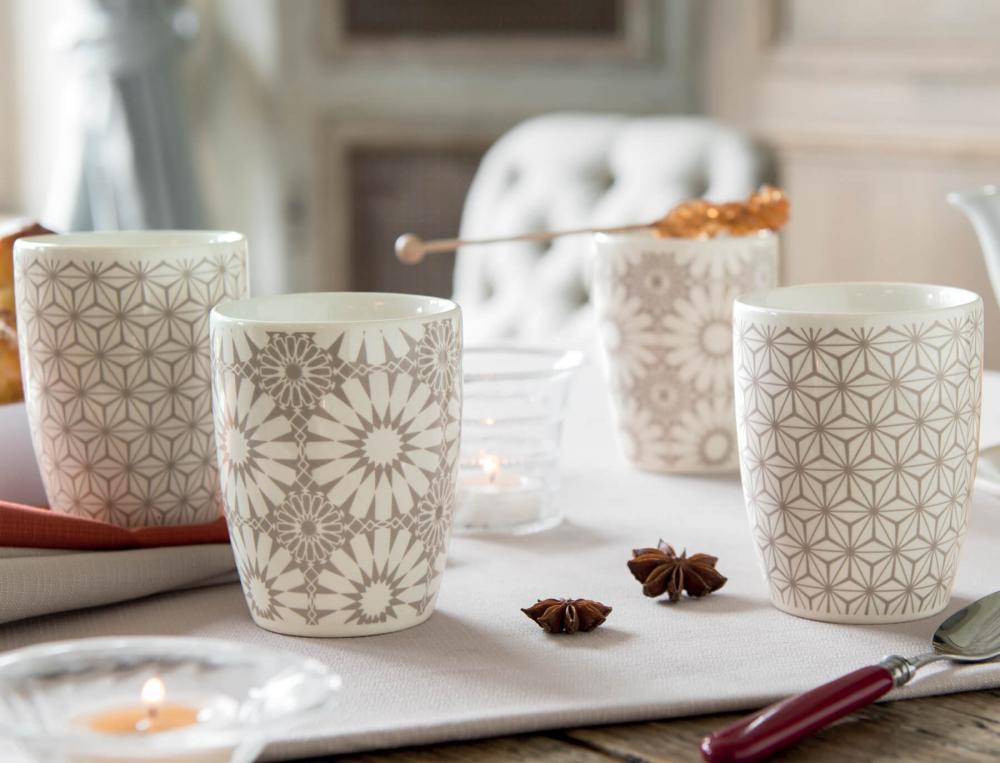 4 mugs porcelaine Stockholm