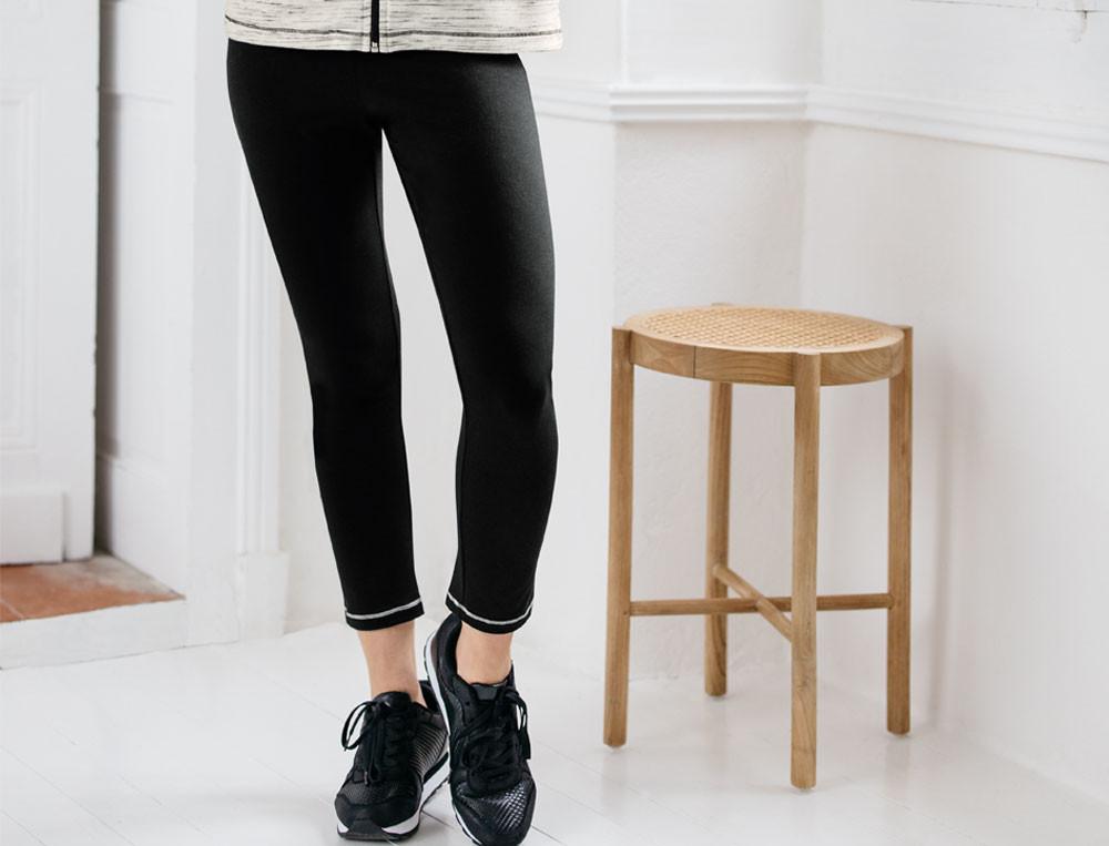 Pantalon jersey uni noir 3/4 En contraste