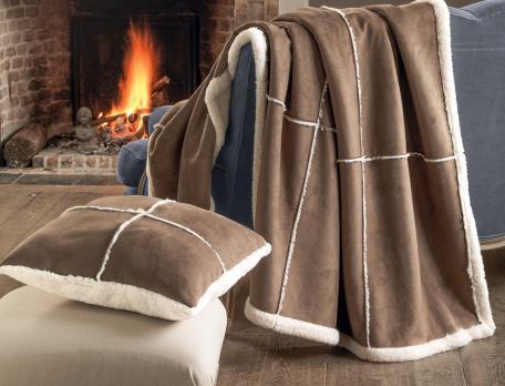 plaid et courtepointe eskimos linvosges. Black Bedroom Furniture Sets. Home Design Ideas