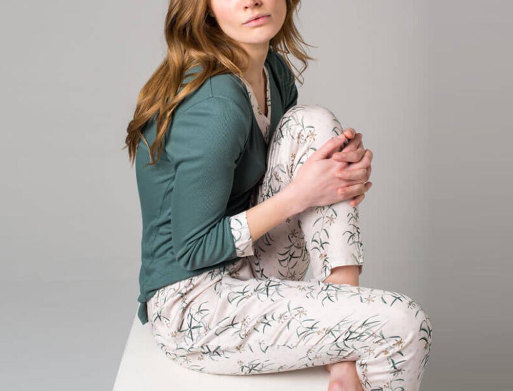 Pyjama Blumenschmuck Blumenmotiv Linvosges