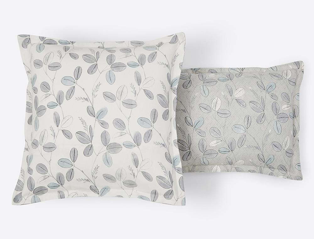 Taie d'oreiller flanelle imprimé réversible fond beige ou fond blanc cassé Fleur des neiges