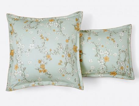 Taie d'oreiller satin réversible imprimé fleuri petits motifss passepoil cuivré Nuit de Jade