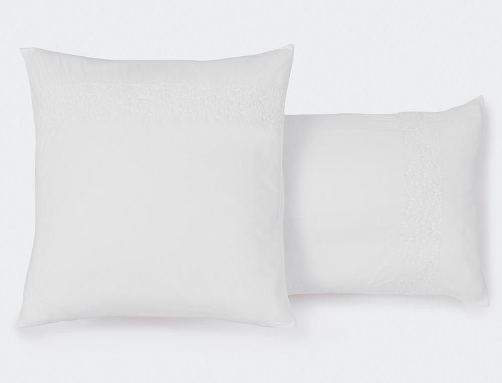 Taie d'oreiller percale lavée blanche brodée Rêves blancs