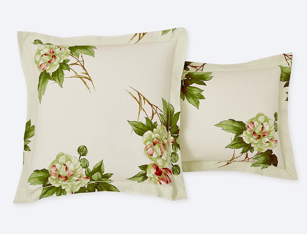 Taie d'oreiller percale réversible imprimé fleuri et dos uni tilleul bourdon Villa Carolina