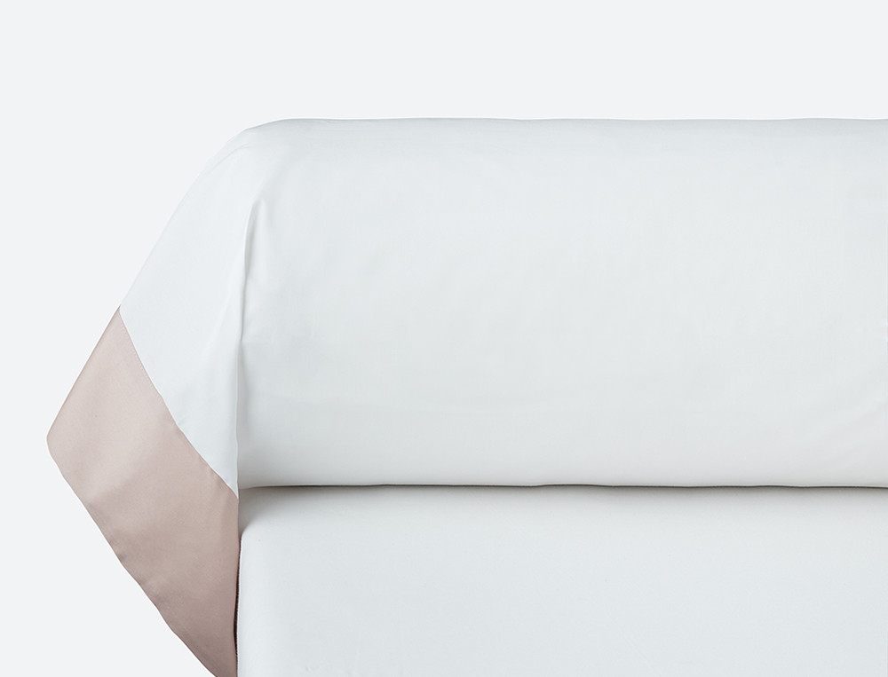 Taie de traversin percale blanche parement satin couleur Duo prestige