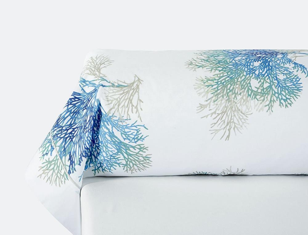 Taie de traversin percale blanche imprimé coraux bleus bourdon grege Mer du Sud