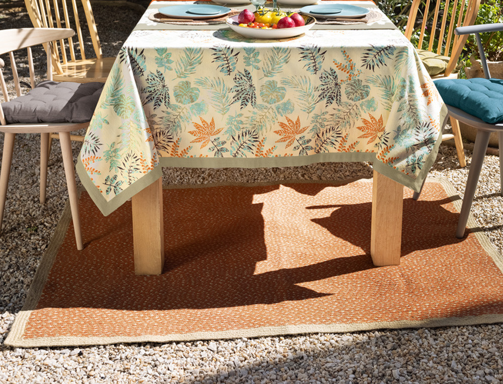Teppich geflochten terrakottafarben Naturschauspiel