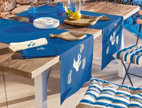 Tischläufer Amorgos blau bestickt