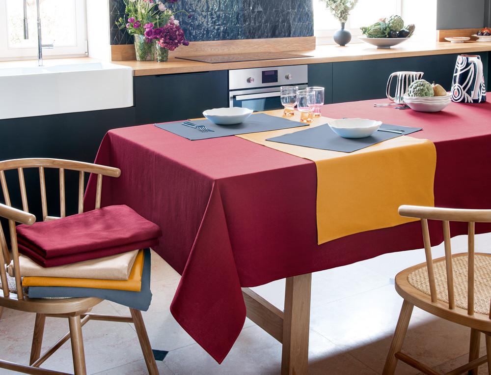 Tischläufer Fleckschutz Tag für Tag