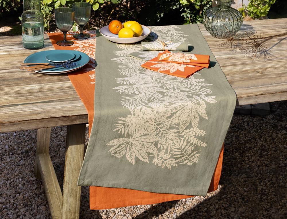 Tischläufer Blättermotiv Fleckschutz Naturspiel