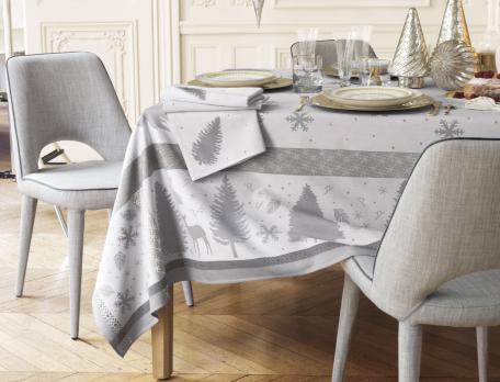tischdecken mit motiv wintertanne linvosges. Black Bedroom Furniture Sets. Home Design Ideas