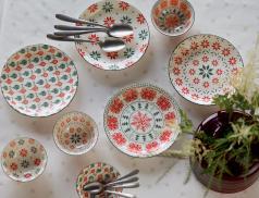 Assiettes et bols Cimes enneigées