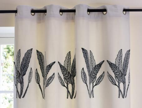 Velours-Vorhang bestickt elfenbeinfarben Blätterzauber