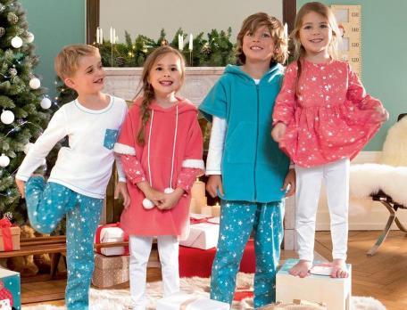 Pyjama enfant et Poncho enfant Matin de Noël