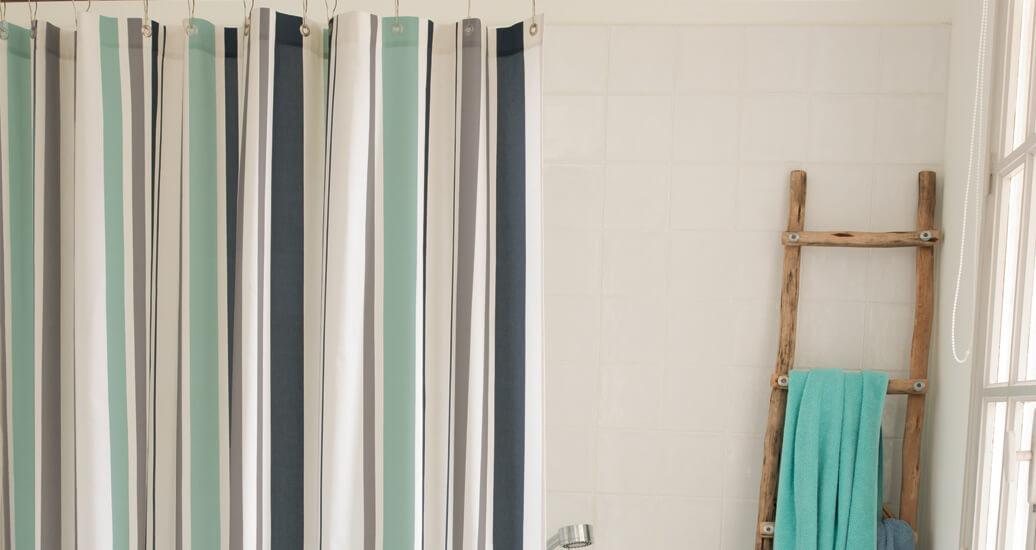 Le rideau de douche par Linvosges